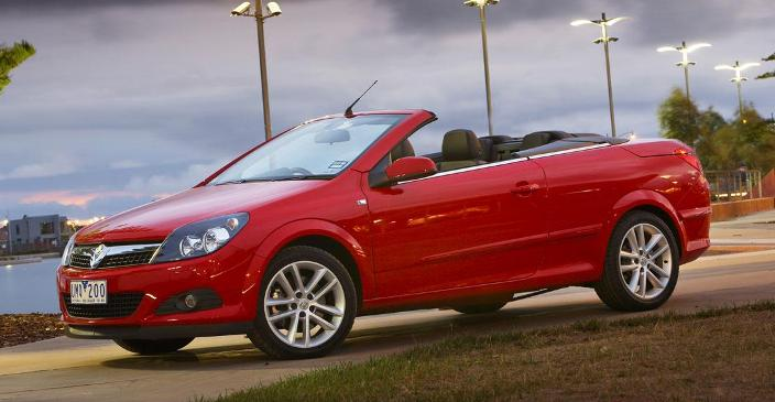 holden astra convertible. The Astra TwinTop